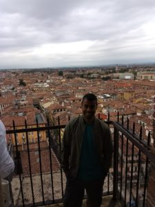 Visão da Torre dei Lamberti em Verona